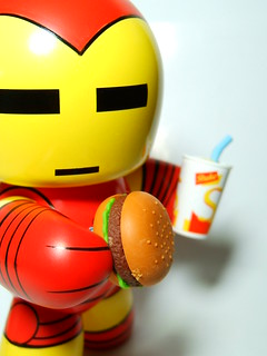 Iron Mugg Can Has Cheezburgr?