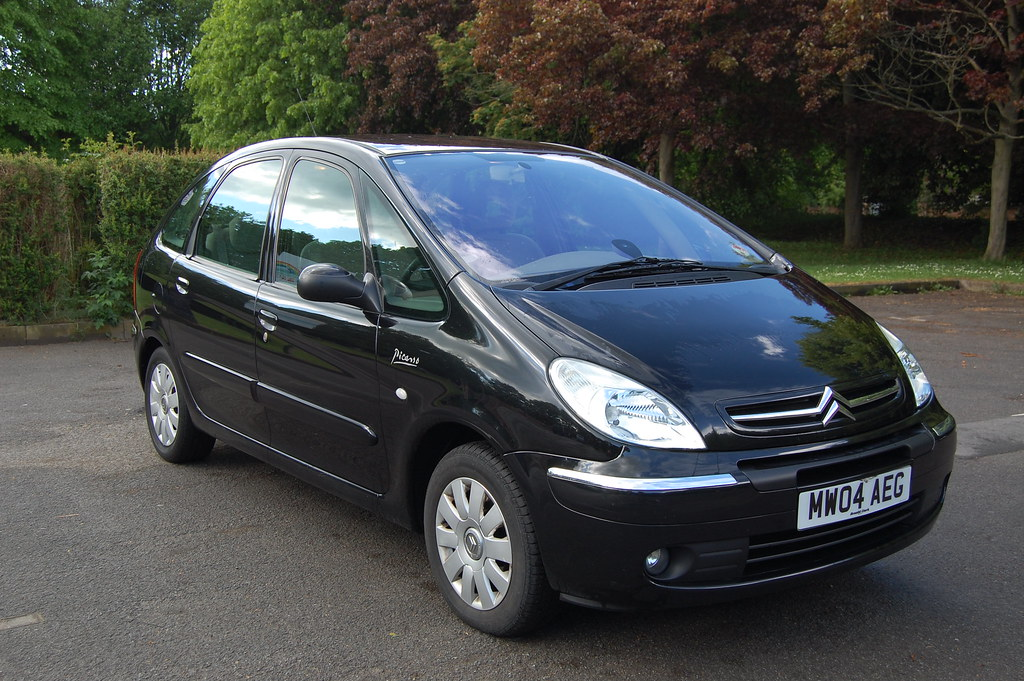 citroen xsara picasso 2 0hdi 110 exclusive uk motorbike forum. Black Bedroom Furniture Sets. Home Design Ideas
