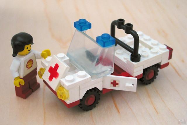 Lego 6629 Ambulance  Flickr - Photo Sharing!