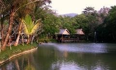 Laos/Luang-Prabang-2 Menschen und Mekong