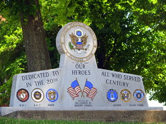 Dickson Co. War memorial