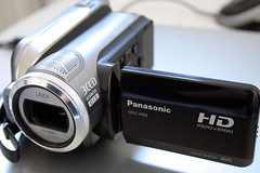 "Q&A: If a high-res camcorder ""films"" its own output on a monitor directly in front of it, what would we see?"
