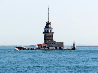 Maiden's Tower の画像. ferry turkey istanbul bosphorus maidenstower kızkulesi