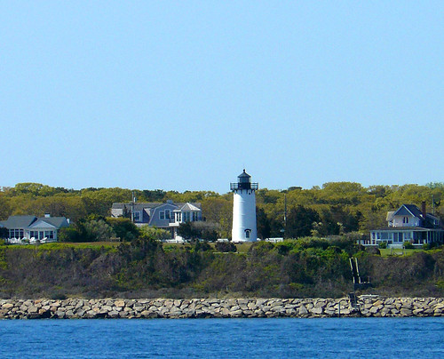lighthouse massachusetts newengland marthasvineyard eastchop oakbluffs vanagram