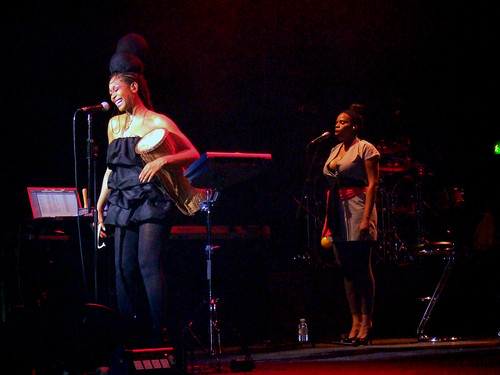 Erykah Badu, Brixton Academy, London (30/6/08) | by PaulJay