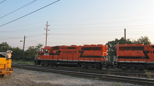 Orange IHB EMD roadswitchers at Argo Yard. Summit Illinois. September 2008. by Eddie from Chicago