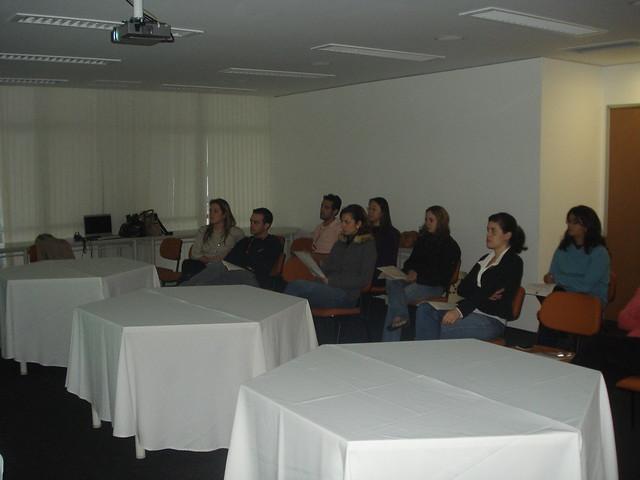 12 participantes