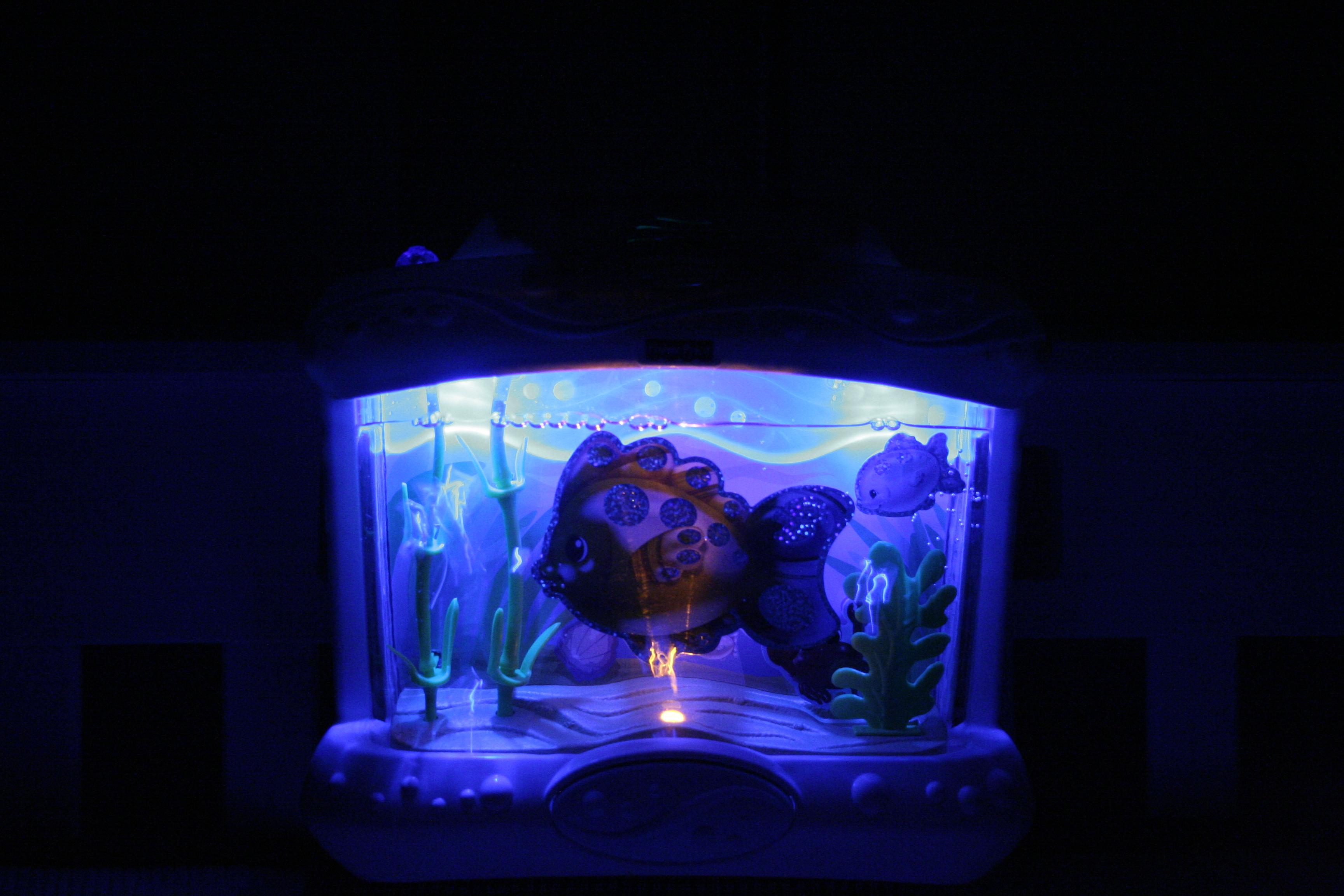 Fisher Price Aquarium Bath Center