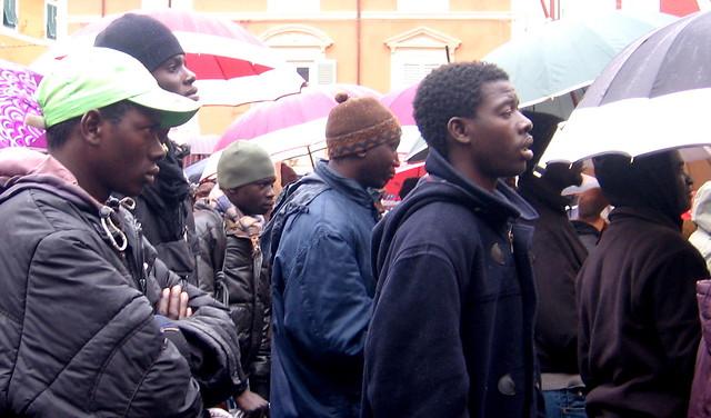 """Immigrati alla manifestazione del 12 dicembre 2008 """"contro la crisi"""""""