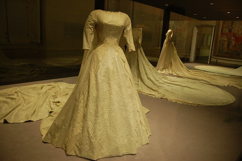 Wedding Gown used by Queen Sofía of Spain - Museo de la Vida en Palacio, Palacio Real de Aranjuez