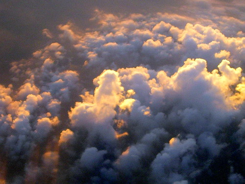 trip viaje vacation sky colors méxico clouds sunrise airplane alba flight jet colores september septiembre cielo nubes puebla avión vacaciones returning 2007 vuelo