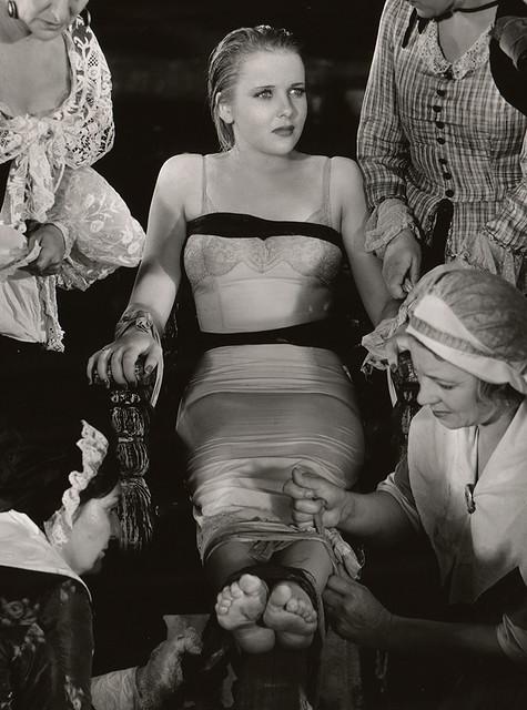 Ida Lupino, 1934