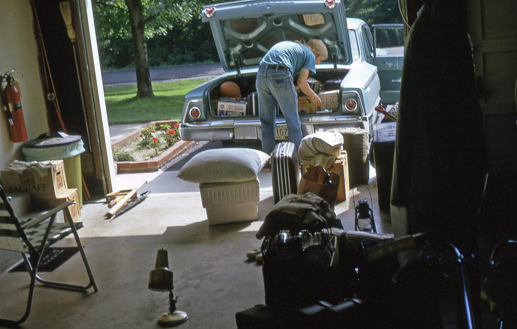 Pakowanie zawartości garażu