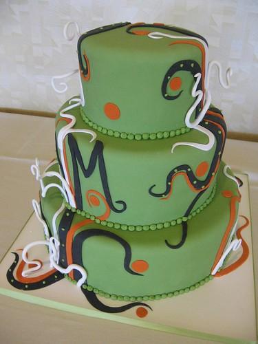 swirly wedding cake