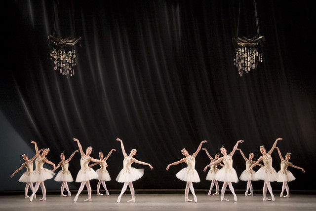 The Royal Ballet, Diamonds as part of Jewels © Johan Persson/ROH 2007