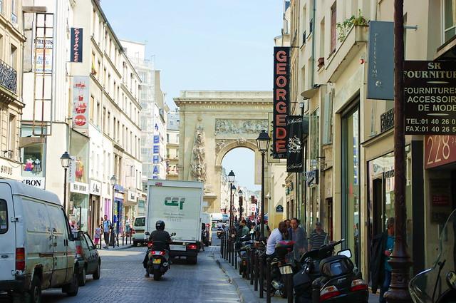 Paris quartier du sentier rue et porte saint denis 3 flickr photo sharing - Quartier du sentier paris ...
