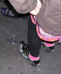 footwear, purple, shoe, limb, leg, fashion, pink, black, tights,