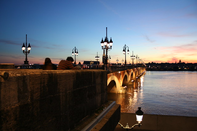Pont de Pierre - Right at the Cours Victor Hugo