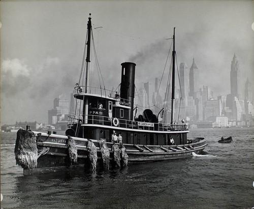 Watuppa, from water front, Brooklyn, Manhattan.