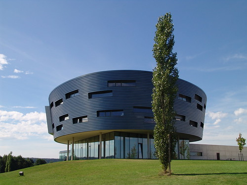 Oval Office Building in Scheppach