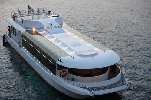 cruise at putrajaya lake