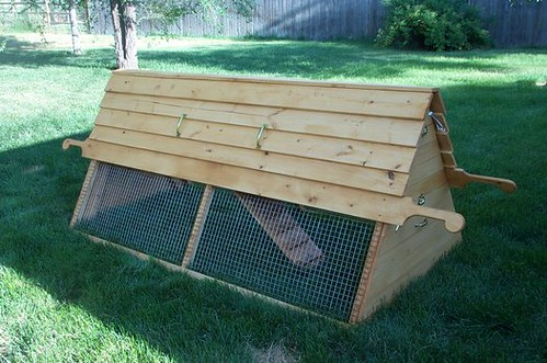 Wood work free plans for portable chicken coop pdf plans for Mobile chicken coop plans