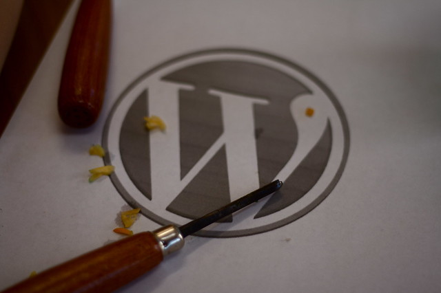 carving tools and wp logo