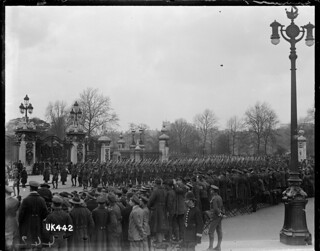 New Zealand troops march past Buckingham Palace gates after World War I, May 1919