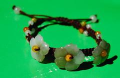 gemstone(0.0), jade(0.0), art(1.0), jewelry making(1.0), flower(1.0), jewellery(1.0), green(1.0), bracelet(1.0), bead(1.0),