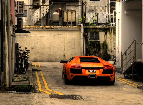 Lamborghini Murcielago LP-640 in a back alley