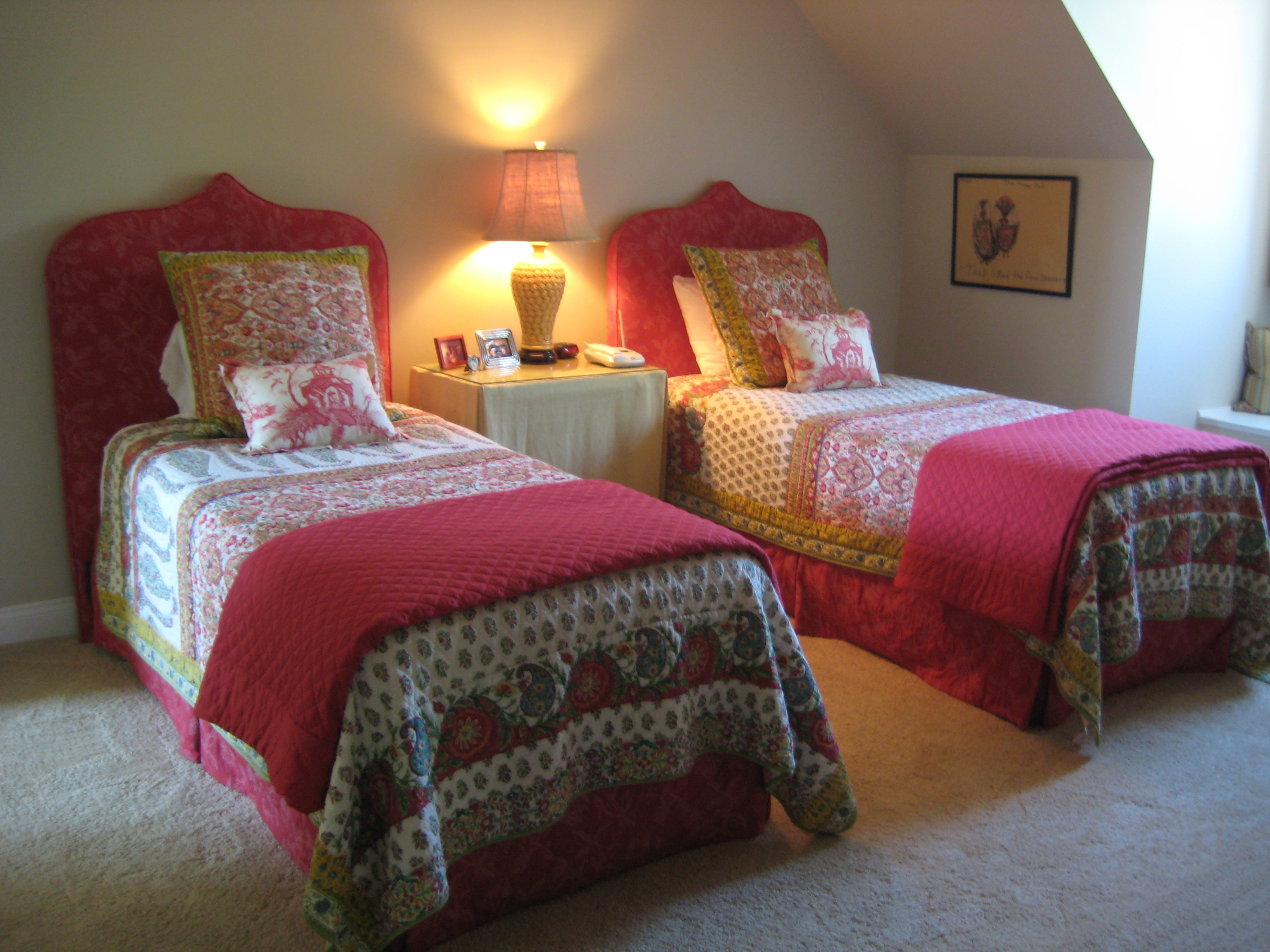 Two Beds that will work with the Zipit Bedding