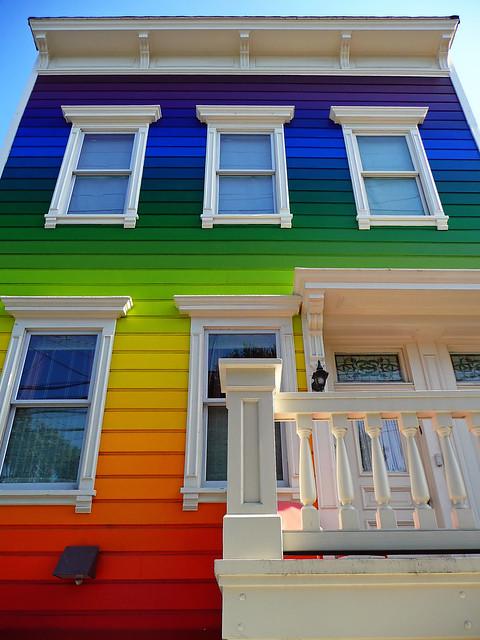 05.07.08 : Rainbow House On Clipper St.