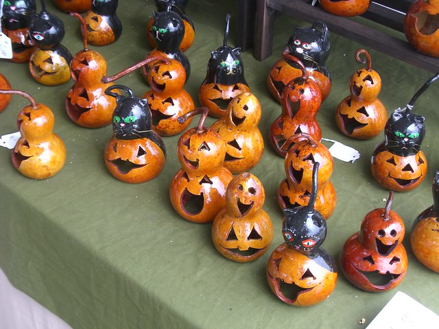 Halloween gourds flickr photo sharing for Deco de table halloween