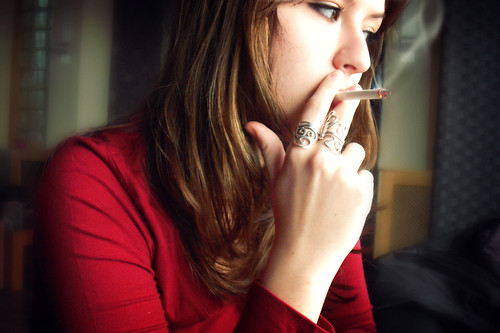 the rise of teenage smoking in america Teen smoking statistics provide interesting information about smoking habits it is estimated that 90% of adult smokers started smoking before the age of 21 with 80% being teenage smokers starting before the age of 18.