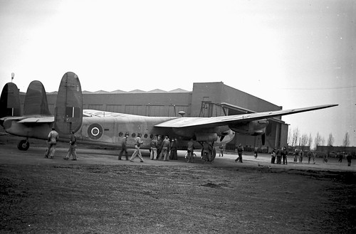 Avro York 3 5 20 wide angle Elmar 01