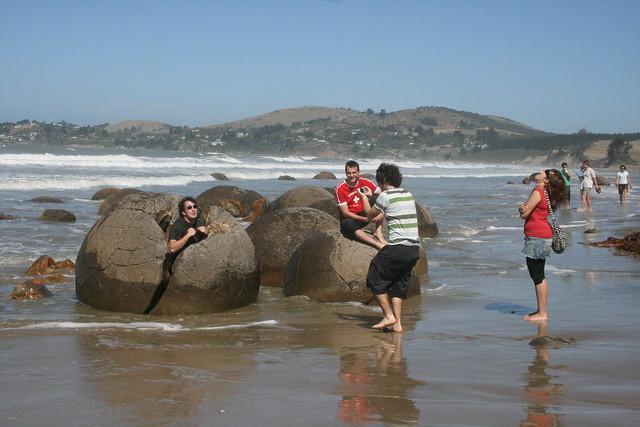 New Zealand: Moeraki Boulders