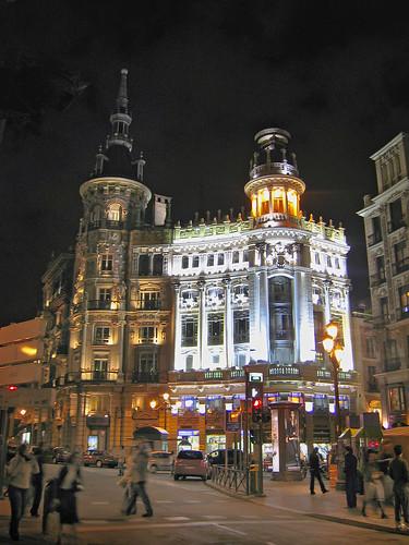 Alquiler de apartamentos en madrid for Alquiler de apartamentos en sevilla espana
