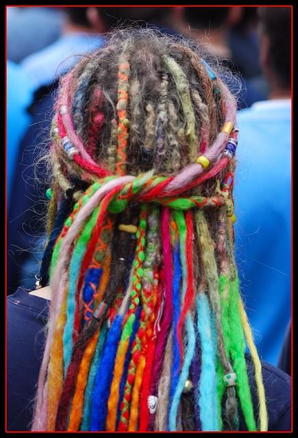 colores de | multi-colored  Dreadlocks dreadlocks hair in