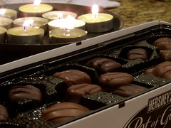 baking(0.0), produce(0.0), sweetness(1.0), bonbon(1.0), food(1.0), chocolate(1.0), praline(1.0),