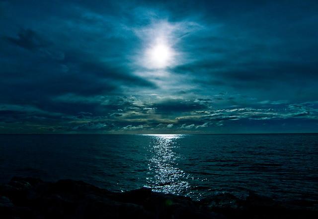 Midnight sun in torremolinos - Sol de medianoche en Torremolinos