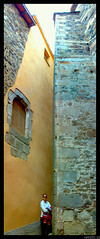 Sant Feliu de Pallerols-callejon estrechisimo