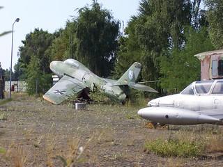 Flugzeuge im Grünen