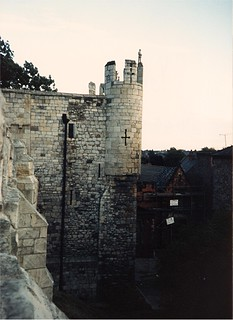 Image of City Walls. york uk summer vacation england tour unitedkingdom britain 1987 yorkshire tourist scan september scanned scannedphoto summervacation northyorkshire citywall micklegatebar september5 americantourist