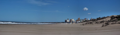 Playa de los Patos, Necochea, Argentina by katiemetz, on Flickr