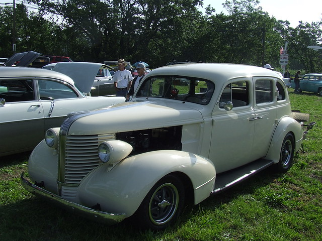 1938 pontiac 4 door sedan custom 1 flickr photo sharing for 1933 pontiac 4 door sedan