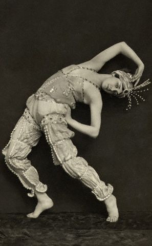 Ballet Russe - Magazine cover