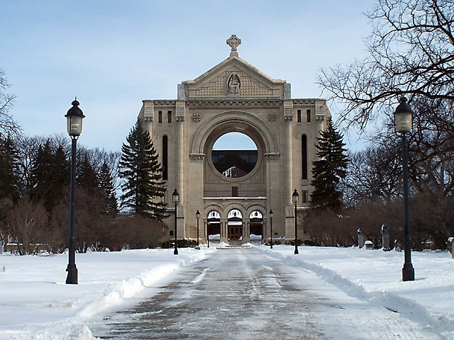 St. Boniface Cathedral - Flickr CC josephleenovak