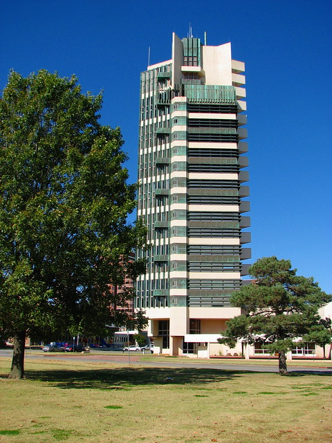 Frank lloyd wright 39 s price tower flickr photo sharing for Frank lloyd wright bartlesville