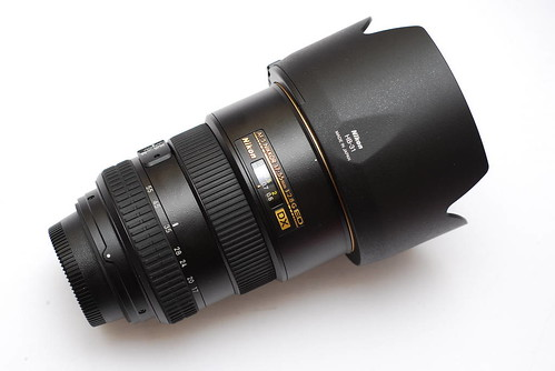Nikon NIKKOR AF-S DX 17-55mm f/2.8G IF ED 02
