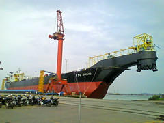 machine, vehicle, transport, freight transport, ship,